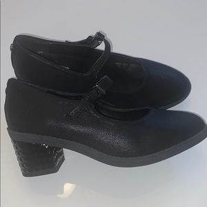 Michael Kors Fawn shoes